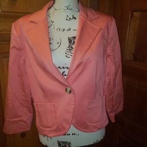 Nice pinkish short blazer with single button